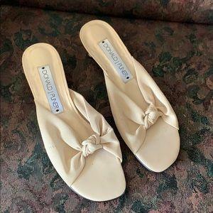 Cream sandals 7.5
